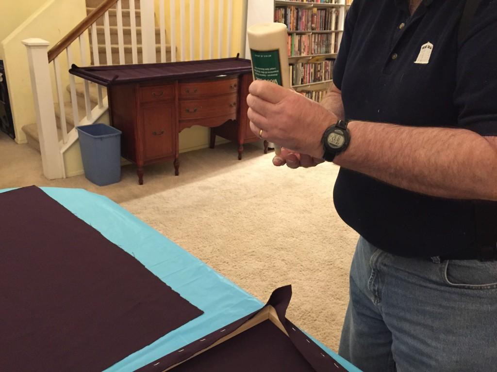 Gluing fabric to the corners